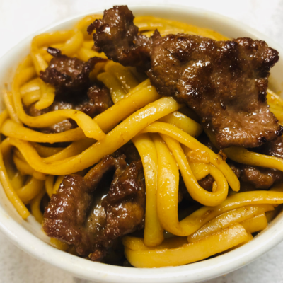 Healthy delicious Beef Lo Mein for curbside carryout, catering and delivery in Newport News and Hampton, VA